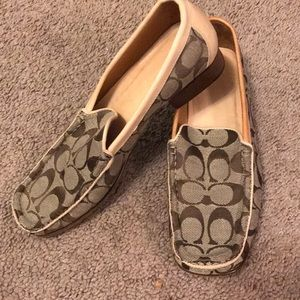 Coach shoes loafers size 8-8.5 N